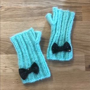 Mint fingerless mittens